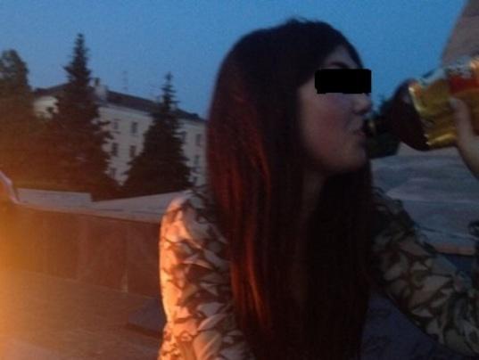 Девочка сосет у толстого фото 42-521