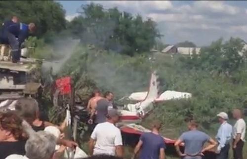 Очевидцы сняли крушение ЯК-52 под Самарой - Дни ру