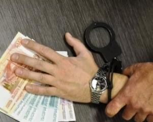 Два взяточника в погонах задержаны в Самарской области