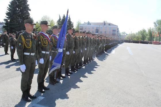 (фото) В Тольятти прошел торжественный марш, посвящённый 76-ой годовщине Победы