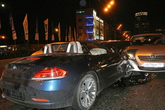 На месте ДТП с BMW на Зацепном валу Москвы